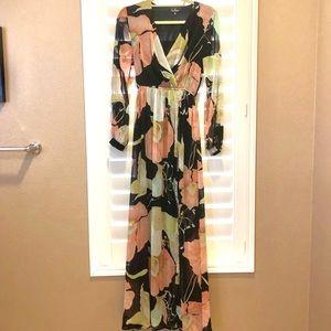 Lulu's Dresses - Wondrous water lily black flows print dress